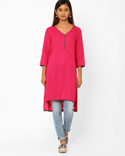 High-Low Straight Kurta By AJIO ( Fuchsia )