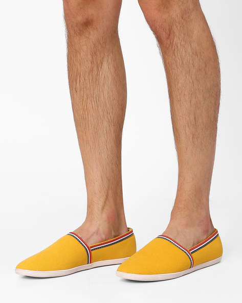 Slip-On Canvas Shoes By AJIO ( Mustard )