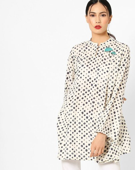 Printed Tunic With Bell Sleeves By AJIO ( Offwhite )