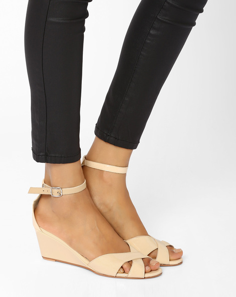 Wedge Heel Sandals By AJIO ( Lightpink )