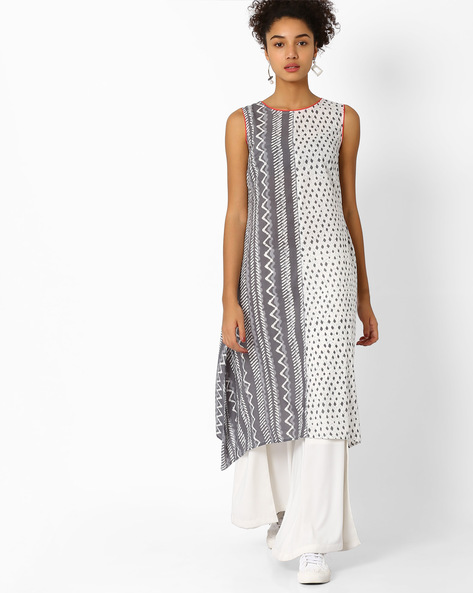 Printed Flared Kurta With Dipped Hem By AJIO ( Grey )