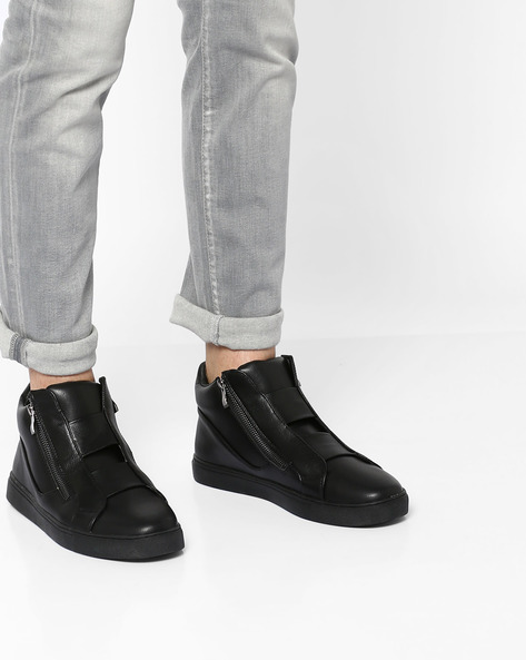 High-Top Panelled Slip-On Sneakers By AJIO ( Black )
