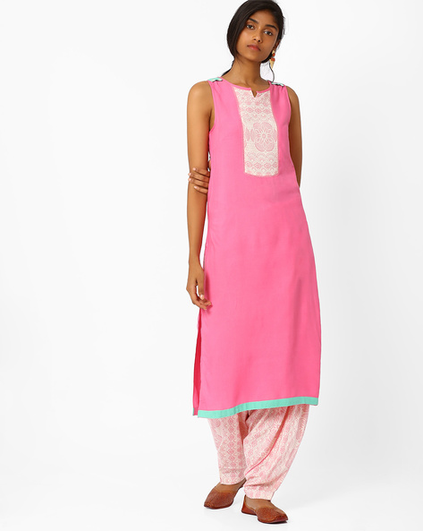 Sleeveless Kurta With Printed Yoke By AJIO ( Pink )