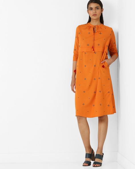 Geometric Print Shift Dress With Tie-Up Detail By AJIO ( Orange )