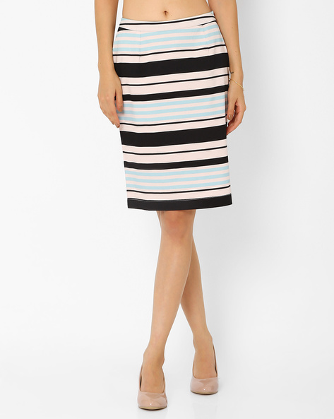 Striped Skirt By AJIO ( Lightpink )