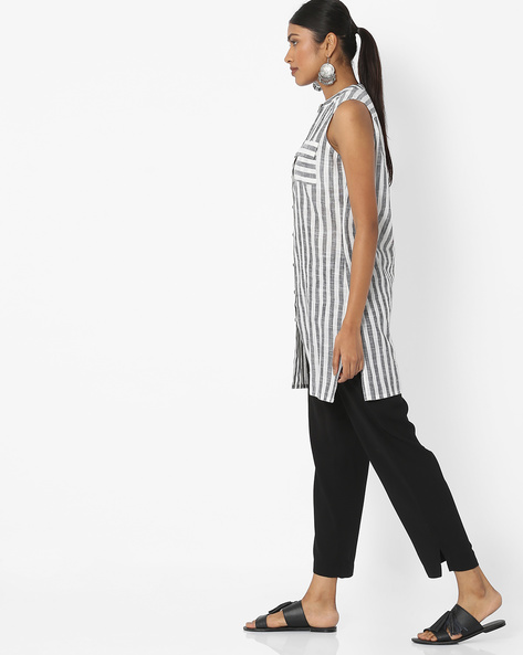 Sleeveless Striped Tunic With Flap Pockets By Desi Fusion ( Black )