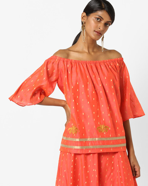Woven Off-Shoulder Top With Embroidery By AJIO ( Peach )