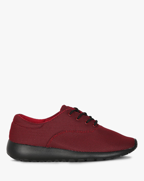 Textured Low-Top Sneakers With Lace-Up By AJIO ( Red )