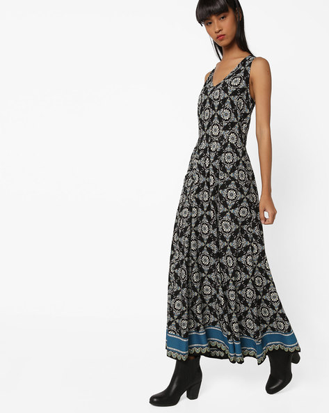 Printed A-line Maxi Dress By Oxolloxo ( Multicolor )
