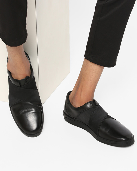 Stanway Easy Genuine Leather Slip-Ons By CLARKS ( Black )