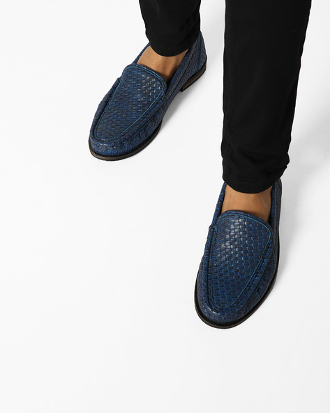 N9-Treated Faux Leather Casual Shoes By AJIO ( Navy )