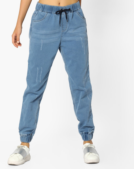 Lightly Washed Denim Joggers By AJIO ( Lightblue )