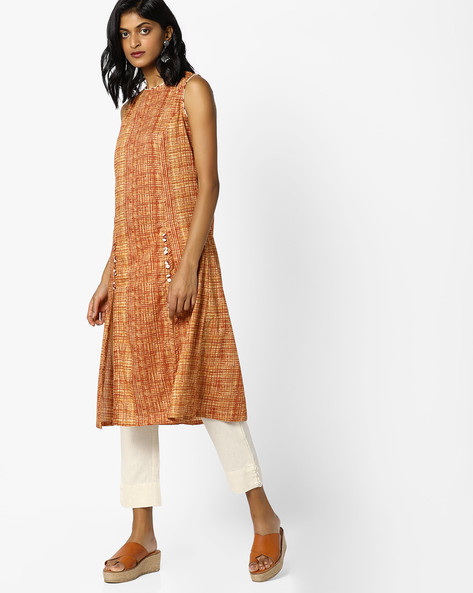 Printed A-line Kurta With Front Slits By AJIO ( Brown )