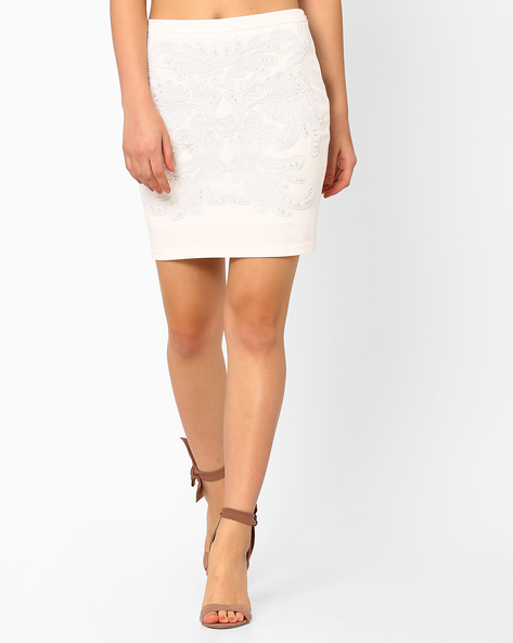 Embellished Woven Mini Skirt By AJIO ( White )