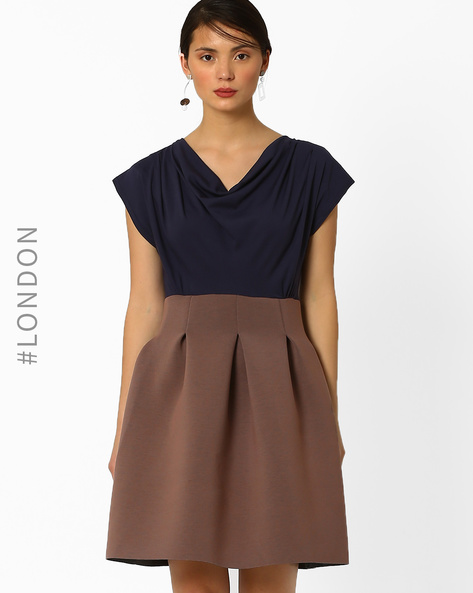 Cowl-Neck Dress With Pleats By Closet London ( Multi )