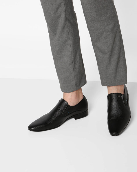 Textured Formal Slip-On Loafers By ALBERTO TORRESI ( Black )