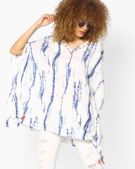Printed V-neck Top With Tassels By AJIO ( Blue )