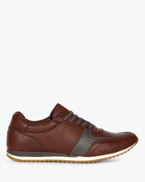 Panelled Lace-Up Shoes With Perforations By CLOZZ ( Burgundy )