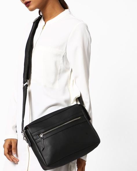Minimal Sling Bag With Detachable Shoulder Straps By Toteteca ( Black )