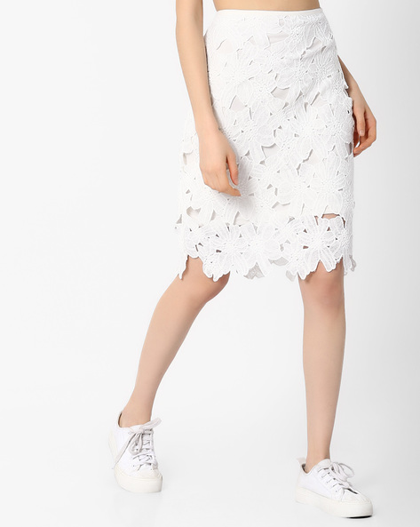 Lace Pencil Skirt By AJIO ( White )