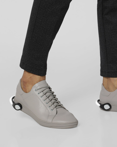 Lace-Up Sneakers With Detachable LED Bands By AJIO ( Lightgrey )