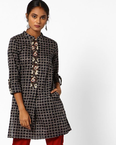Checked Tunic With Roll-Tab Sleeves By AJIO ( Charcoal )