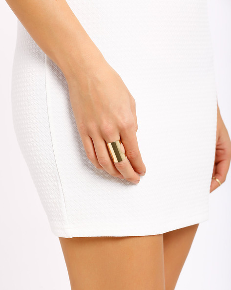 Statement Ring By AJIO ( Gold )