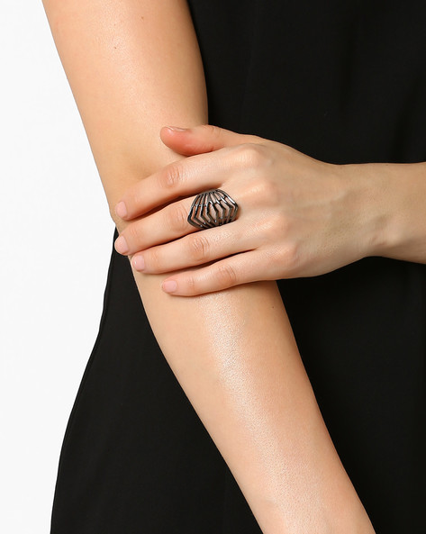 Statement Ring By Style Fiesta ( Metallic )