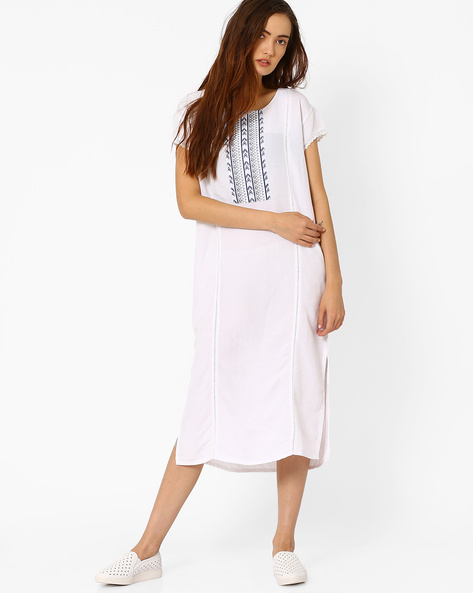 Shift Dress With Side Slits By AJIO ( White )