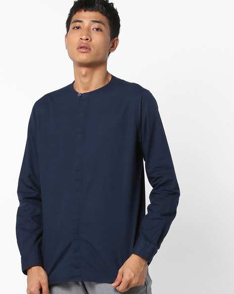 Cotton Shirt With Concealed Button Placket By AJIO ( Navy )