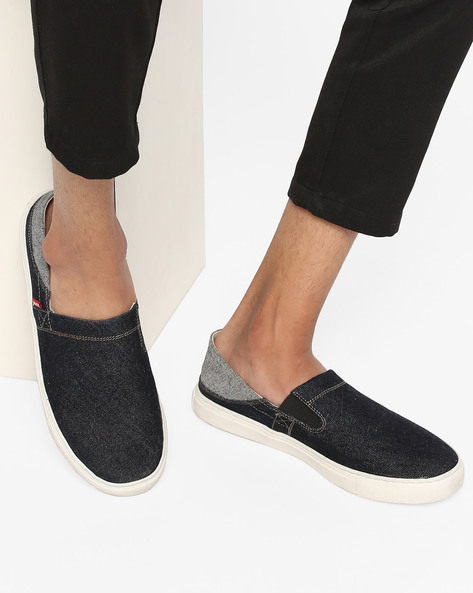Canvas Slip-On Shoes By LEVIS ( Blue )