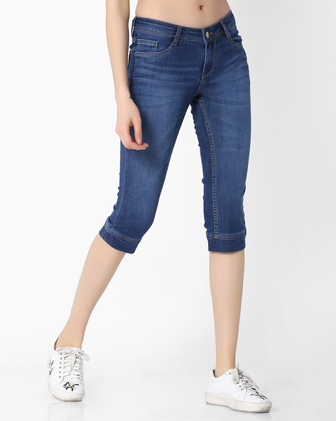 Lightly Washed Slim Denim Capris By KRAUS ( Blue )