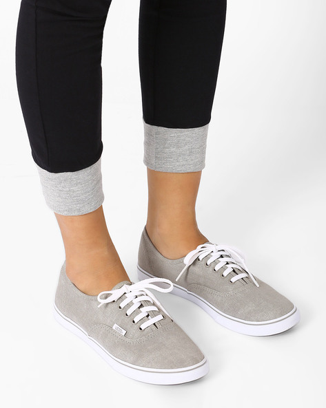 Washed Canvas Casual Shoes By Vans ( Multi )