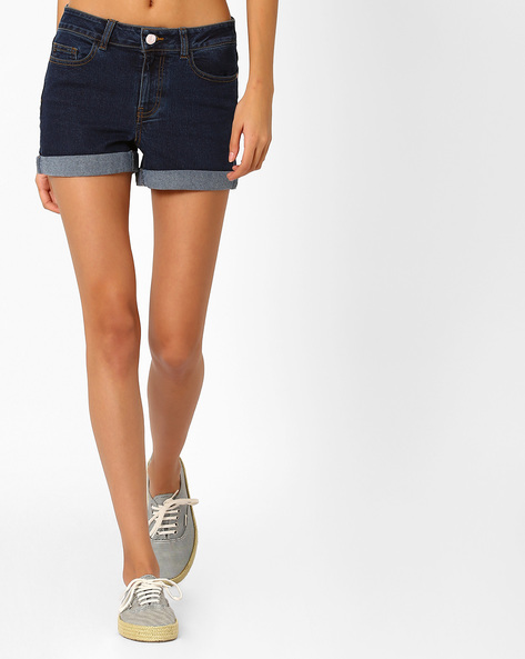 Mid-Rise Shorts With Upturned Hems By Vero Moda ( Navy )
