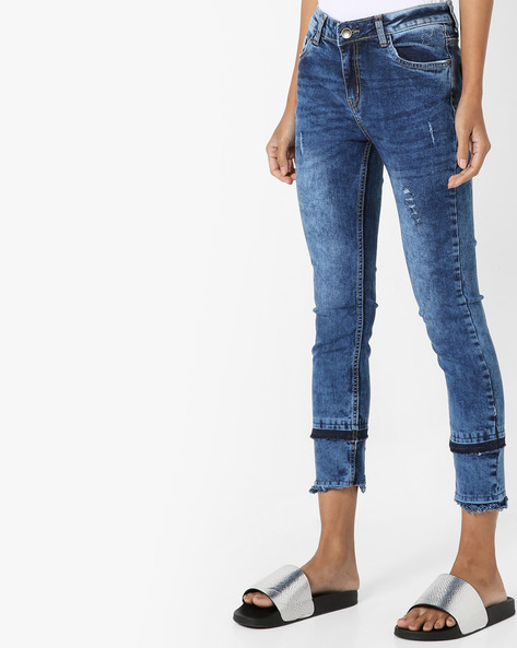 Mid-Washed Distressed Jeans By AJIO ( Darkblue )