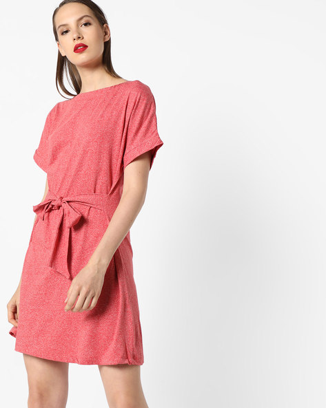 Shift Dress With Tie-Up By AJIO ( Coral )