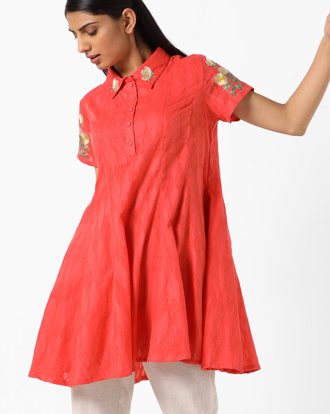 Flared Tunic With Floral Embroidery By AJIO ( Peach )