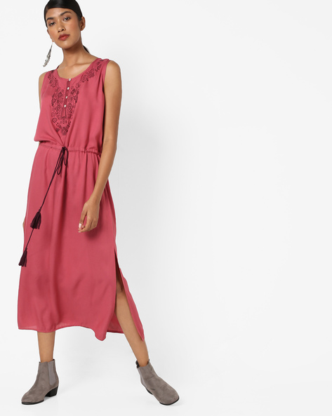 Embroidered Sleeveless Blouson Dress By AJIO ( Pink )