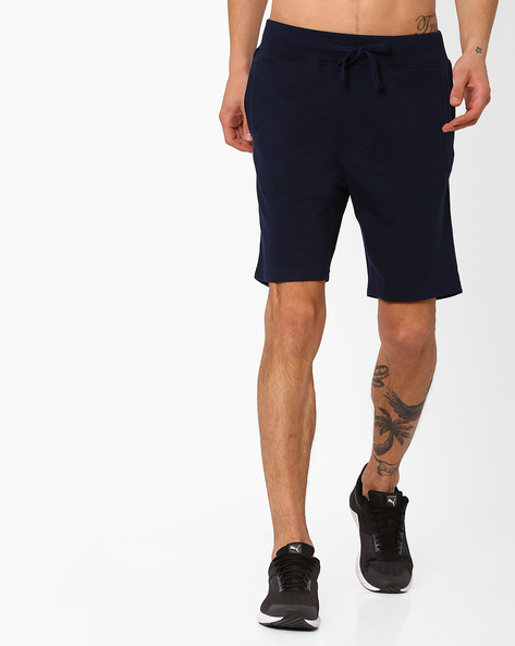 Slim Fit Shorts With Drawstring Fastening By AJIO ( Navy )