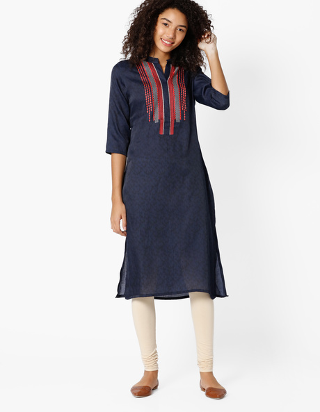Printed Straight Kurta With Embroidery By Shakumbhari ( Blue )