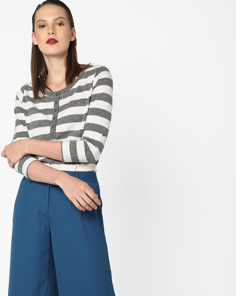 Striped Top With Roll-Up Tabs By Fame Forever By Lifestyle ( Grey )