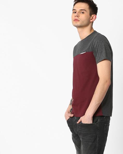 Cut & Sew Slim T-shirt By AJIO ( Maroon )