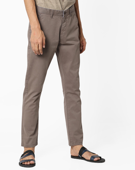 Mid-Rise Slim Fit Chinos By AJIO ( Brown )