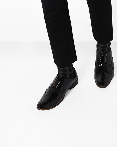 Patent Leather Brogue Shoes By Modello Domani ( Black )