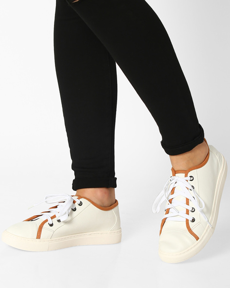 Low-Top Lace-Up Sneakers By Carlton London ( White )