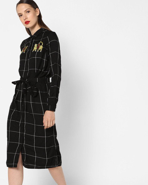 Checked Shirt Dress With Embroidery By AJIO ( Black )