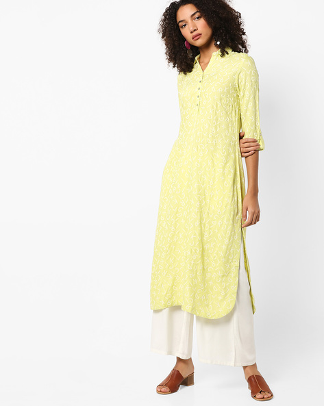Typographic Print Kurta With Roll-Up Tabs By W ( Green )