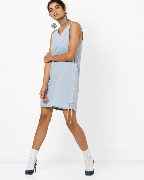 Sleeveless Denim Dress With Lace-Up Fastening By AJIO ( Lightblue )