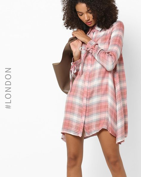Checked Shirt Dress With Tie-Up Cuffs By Glamorous ( Pink )