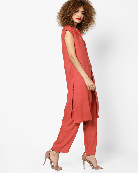 Open-Front Tunic With Embroidery By AJIO ( Peach )